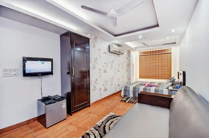 Luxurious Living in South Delhi - New Delhi - Leilighet