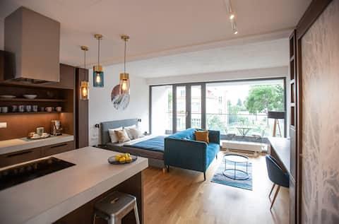 Top located design apartment IV