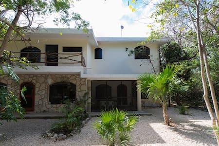Hidden Gem Jungle, Puerto Aventuras - Apartment