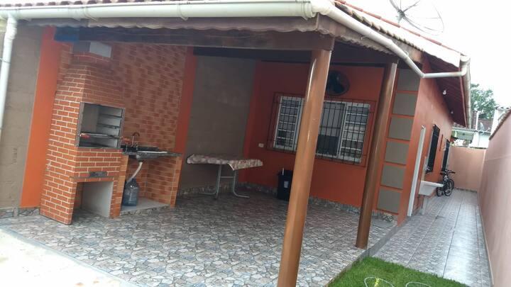 """""""Casa confortável em Ubatuba"""""""
