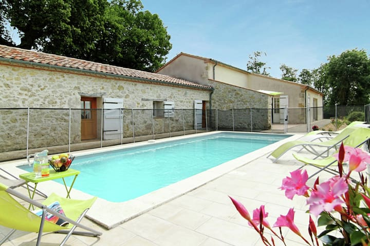 Authentic holiday home with swimming pool, garden, and stunning view in southern France