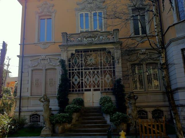 Villa Liberty con giardino