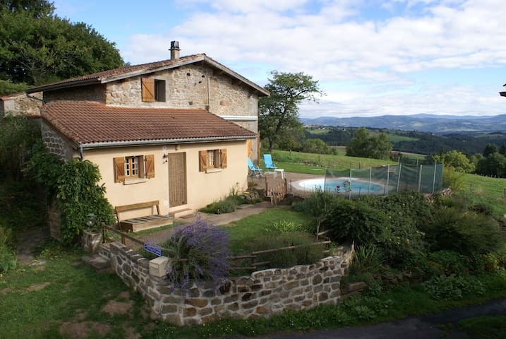 Holidayhouse Bel Horizon,  France - Saint-Flour - Hus