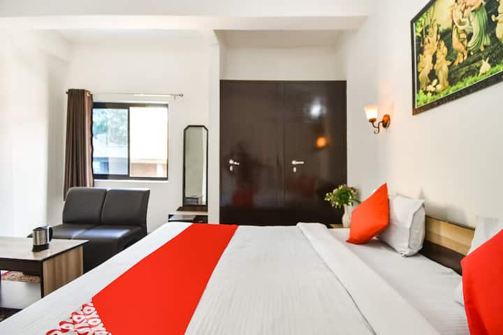 OYO Deluxe 1 BR Homely Stay In Amer