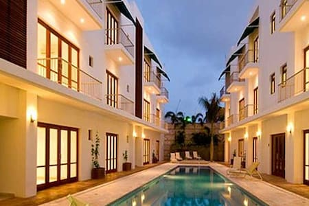 PERFECT ELEGANT AND SECURE OLD CITY LOCATION - Cartagena - Lejlighed