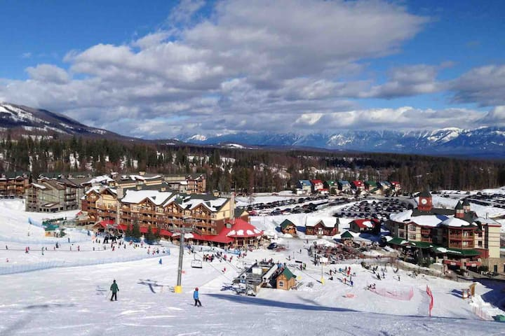 Home away from home - Kimberley ski-in ski-out
