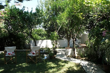 Secret Garden Apartment, 3min from Port - Skopelos