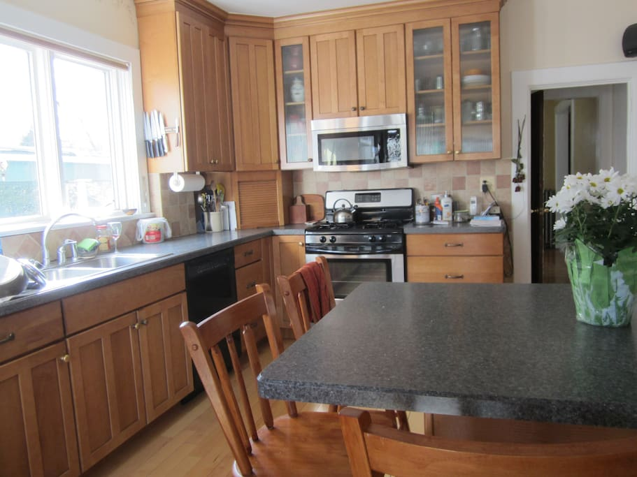 Kitchen, use of fridge and cooking equipment, coffee & tea.