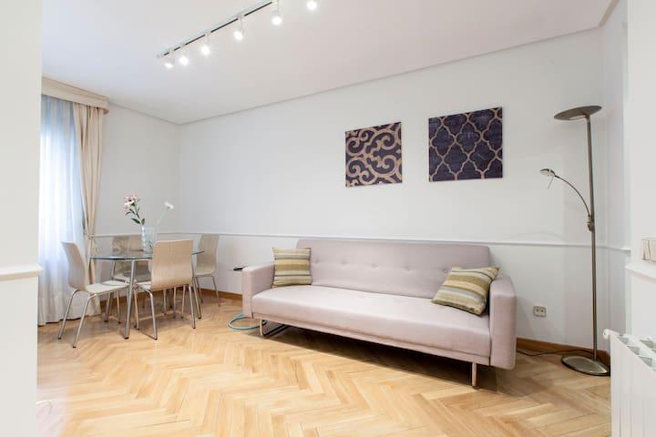 Apartamento entre Cibeles y Retiro
