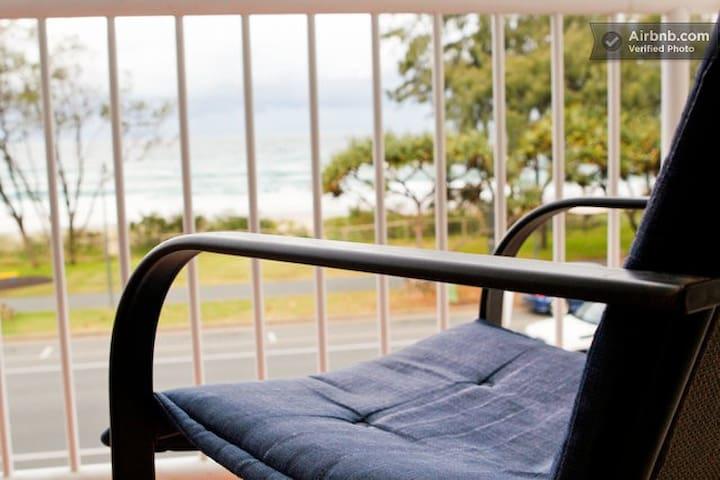 Surfers Paradise 2BR Beachfront! - Gold Coast - Pis