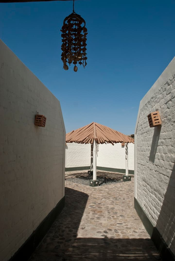 The Little Beach House: Paracas
