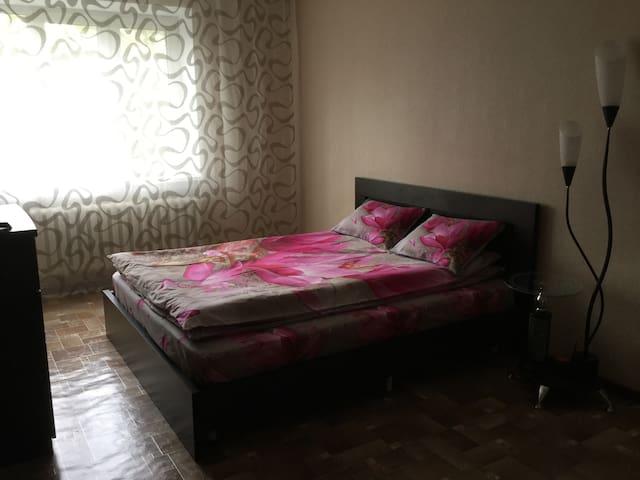 Уютная просторная квартира. - Санкт-Петербург - Departamento