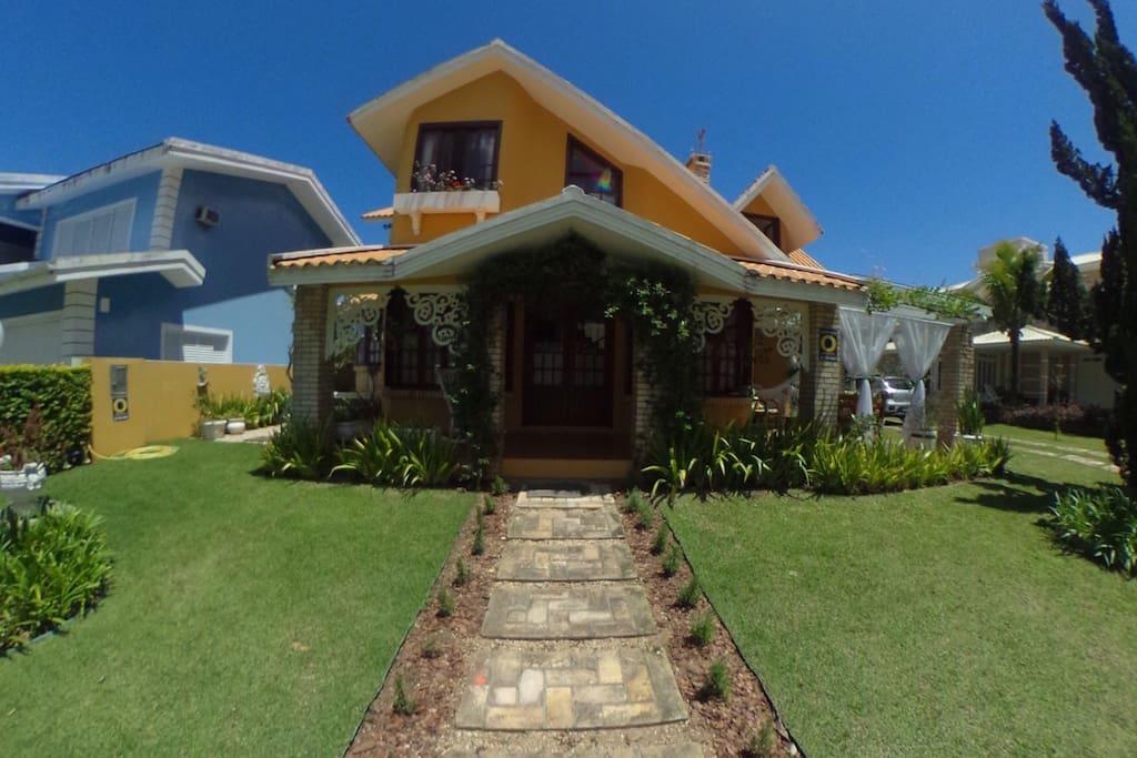 A casa - The House