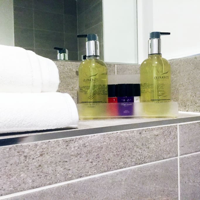 Guest toiletries on arrival