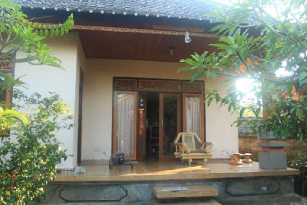 rumah di pedesaan houses for rent in banjarangkan bali