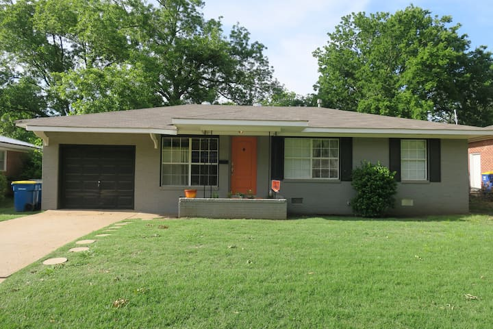 3 Bed home 1 mi. from Boone Pickens