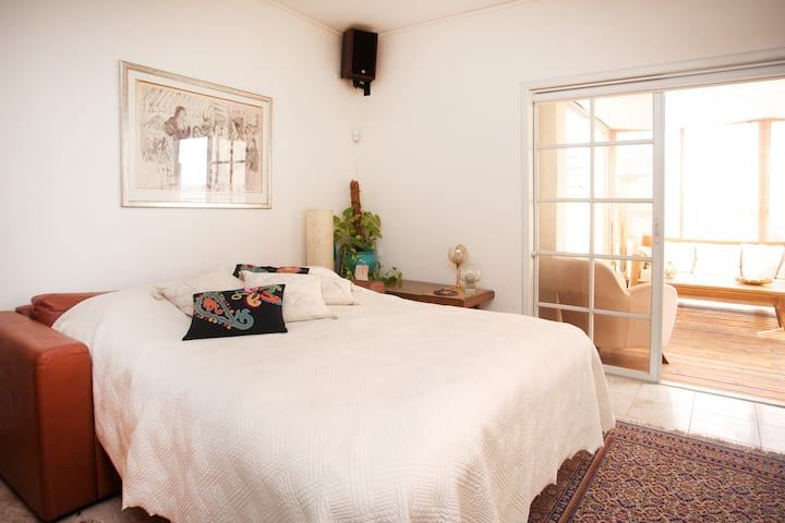Mini-Penthouse with stunning Veranda