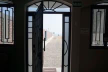 puerta principal  privada