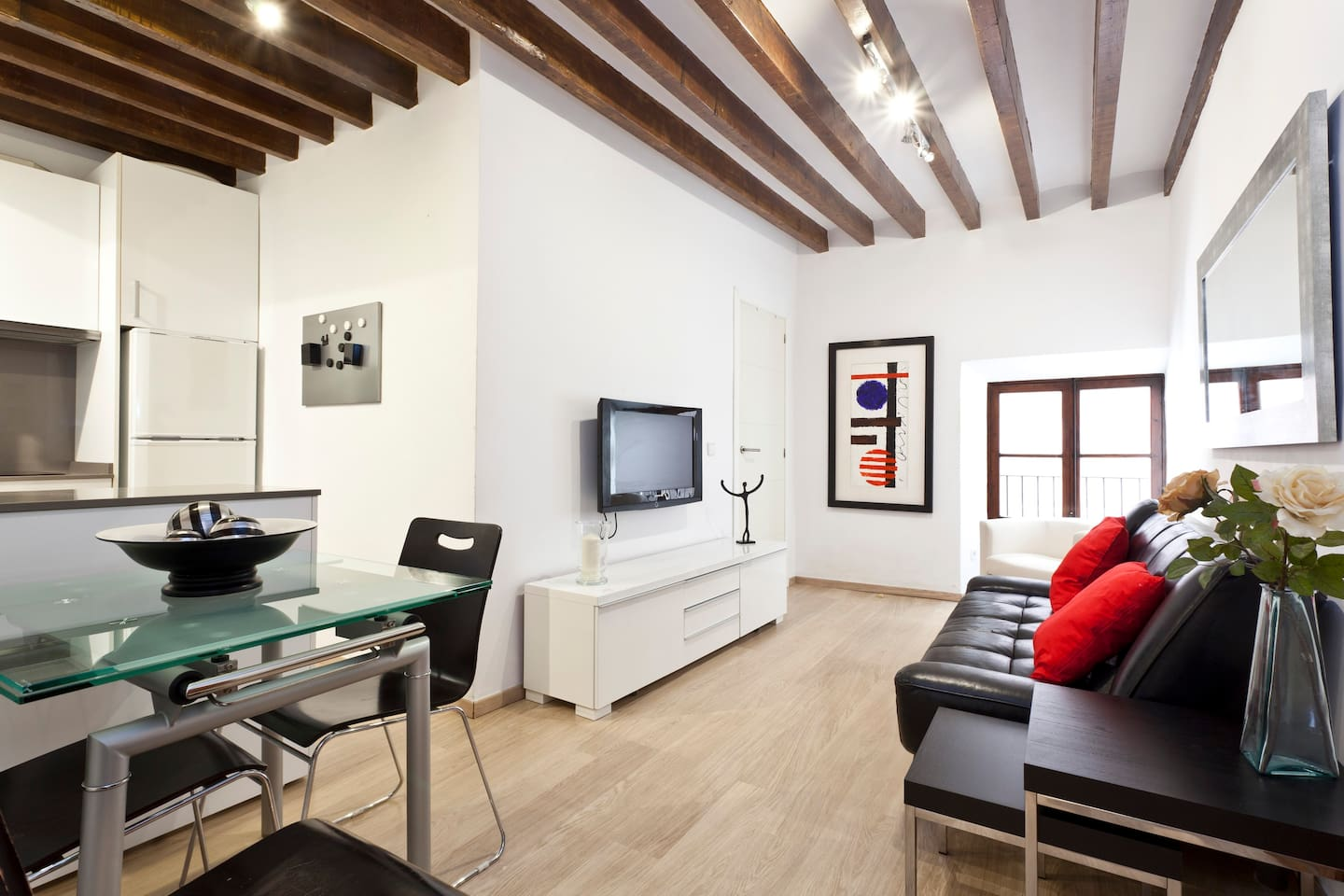2 BEDROOM APARTMENT, AT THE BEST AREA OF PALMA
