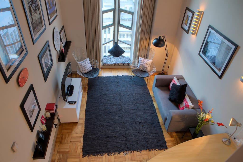 810 Loft View
