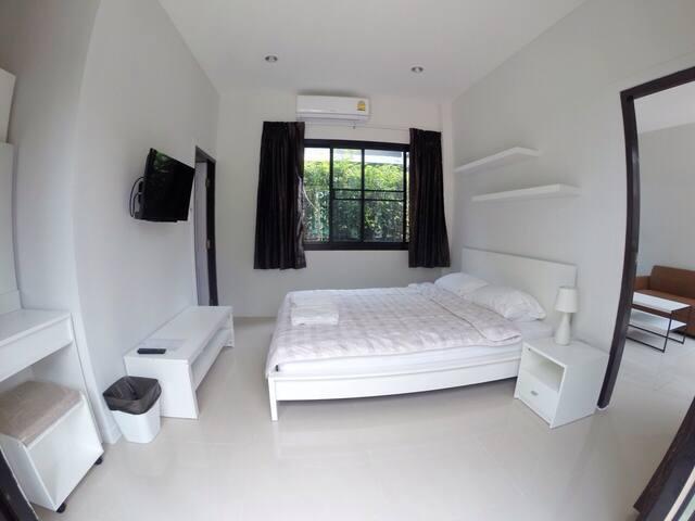 Fairtex Residence: Grand House