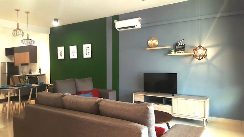 Cozy Terrace House at Desaru for Vacation  (WIFI)