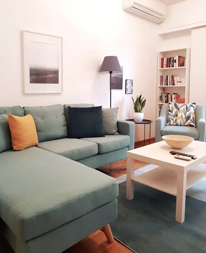 Colourful Apartment in the heart of Athens