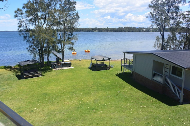 Dungowan Waterfront Accommodation Cottage 2