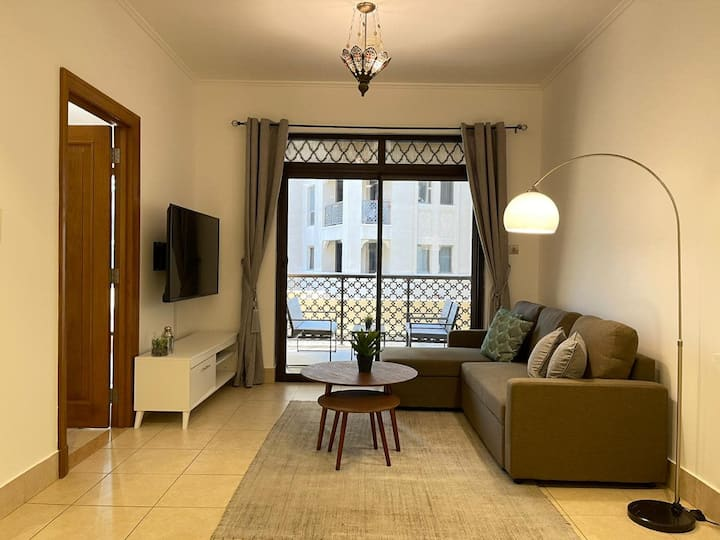 GuestReady- Newly Furnished Apartment in Old Town!