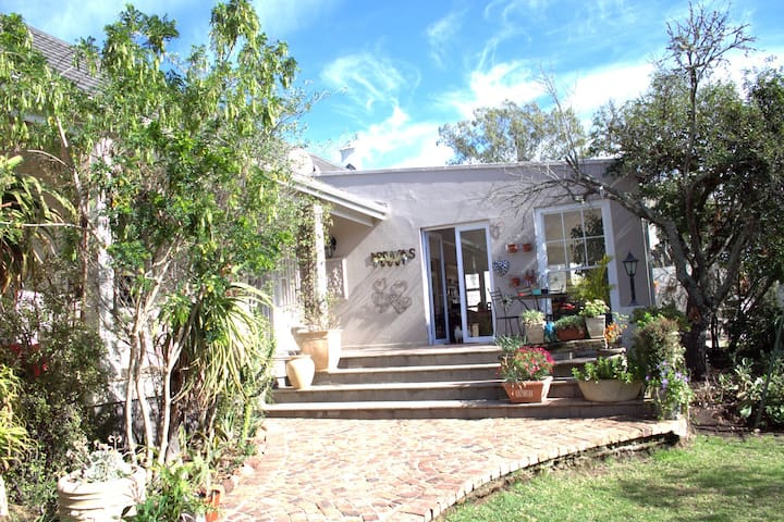 43 Oatlands Place Grahamstown