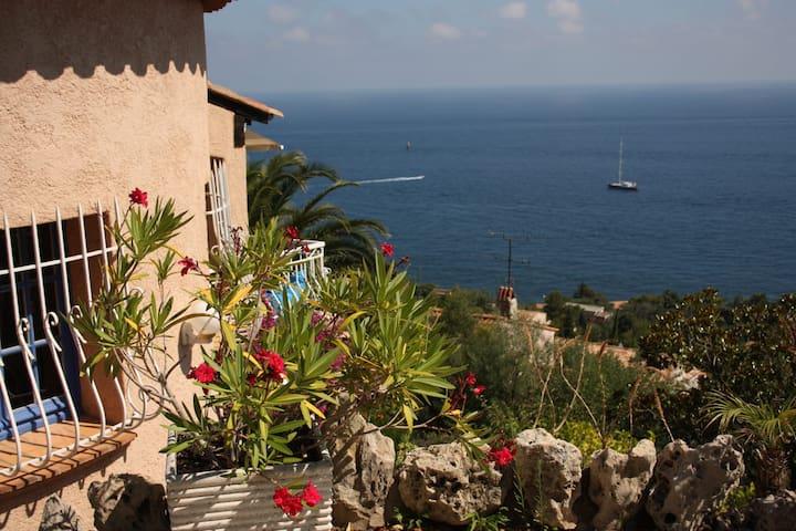 Villa vue mer à couper le souffle