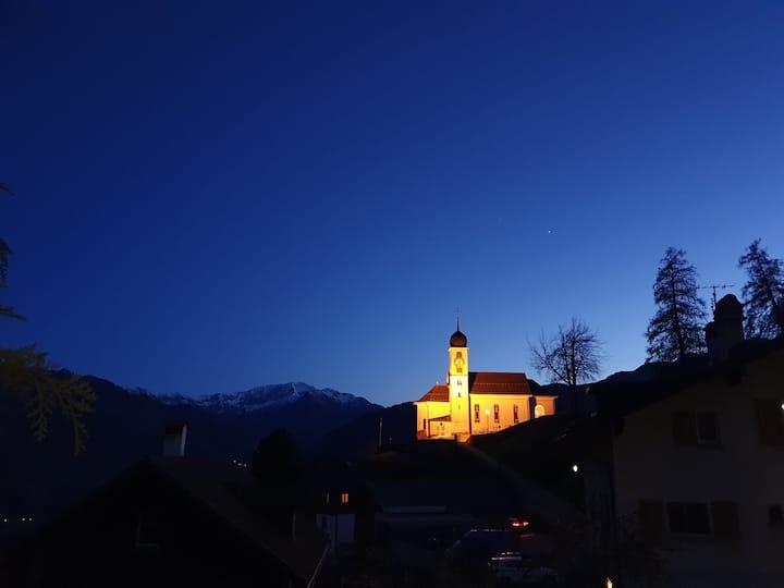 Attraktive 4-Zi-Wohnung in Graubünden