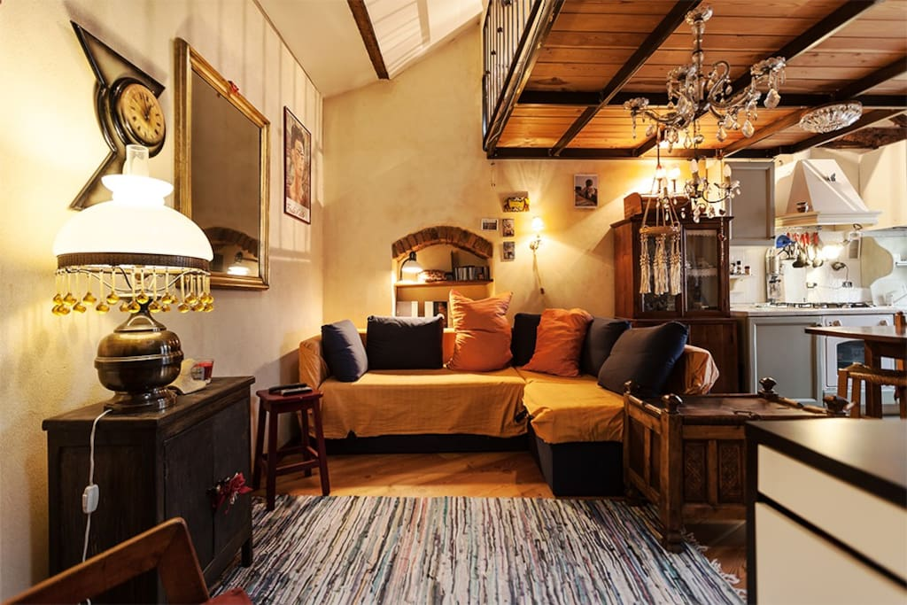 alzaia museum along the canals wohnungen zur miete in mailand lombardei italien. Black Bedroom Furniture Sets. Home Design Ideas