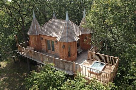Cabane Monbazillac - Nojals-et-Clotte - Hus i træerne