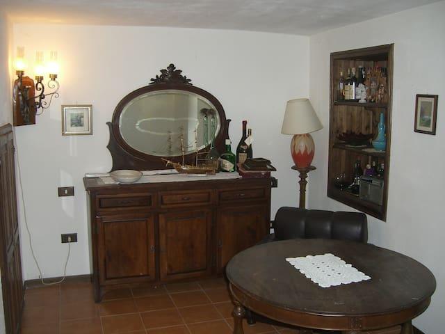 Casa in Lunigiana - Fiacciano - House