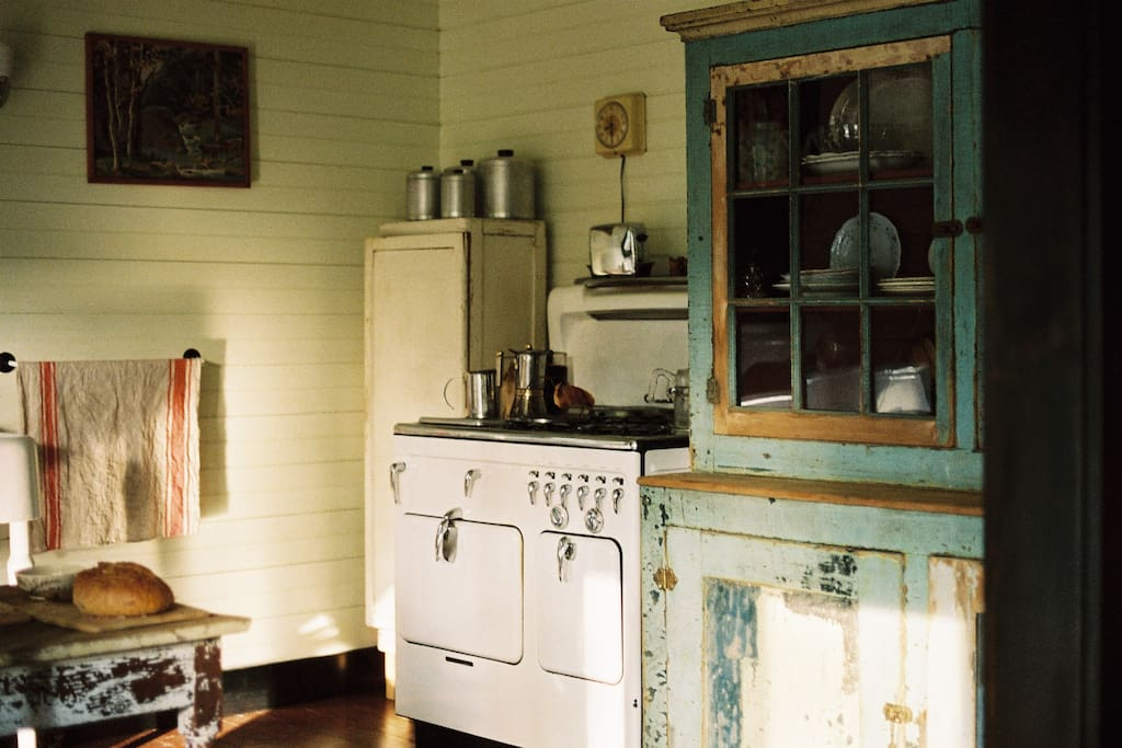 Early 1900's fixtures & appliances