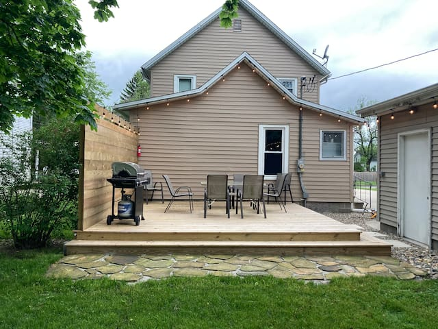 Quiet community, great yard, steps from downtown!