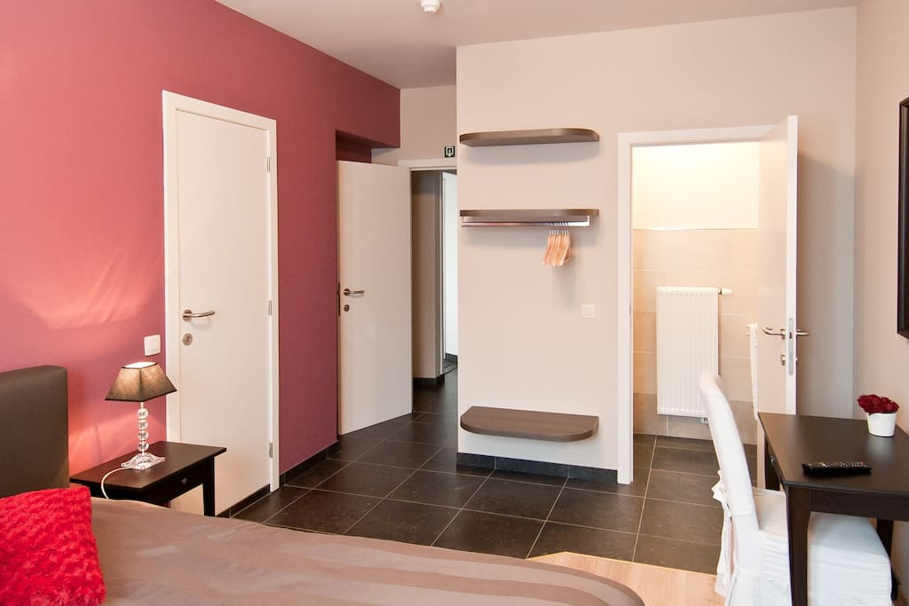 Room with sauna on terrace chambres d 39 h tes louer - Chambre d hote bruges belgique ...