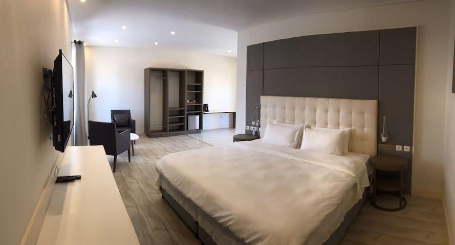 Quarto Luxo Sanny Motel