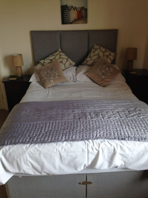 Another view of the double bed.