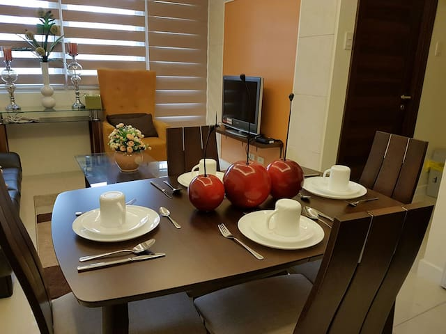 Unit beside Megamall & Shangrila - Mandaluyong - Appartement