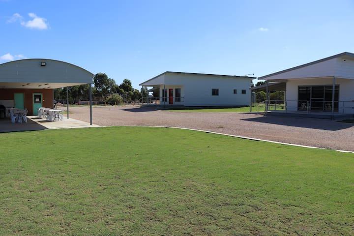 Murrayview Park Cabin 4