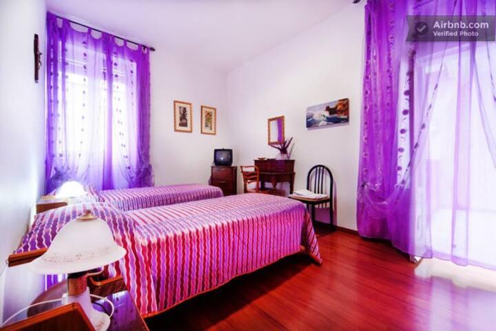 stanza bianca bed e breakfast Imma