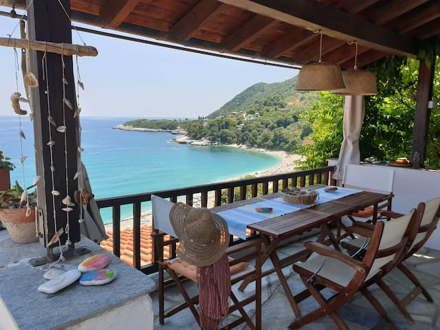 All About View Guesthouse, Agios Ioannis Papa Nero