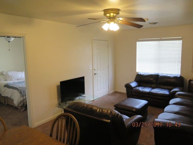 Amazing Tucson Private 2bd 2ba 1st Ave/Rodger