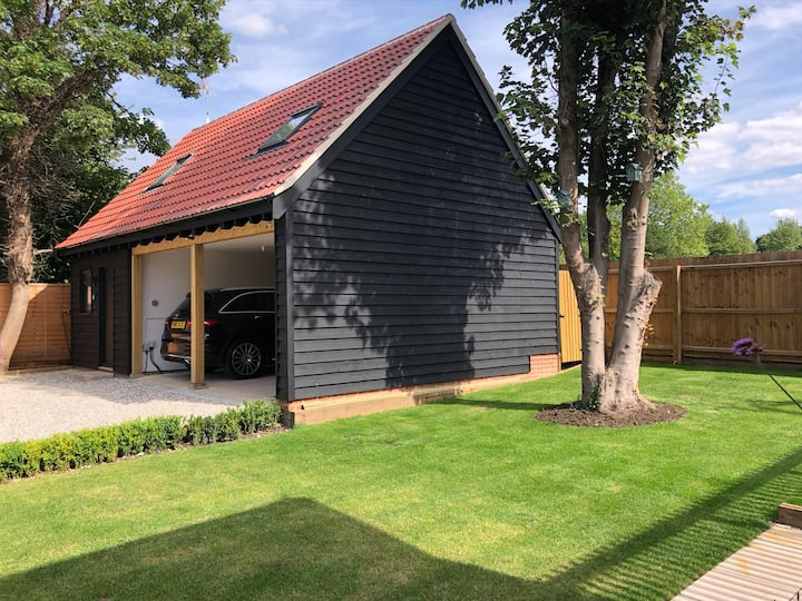 New Coach House In Private Gated Grounds.