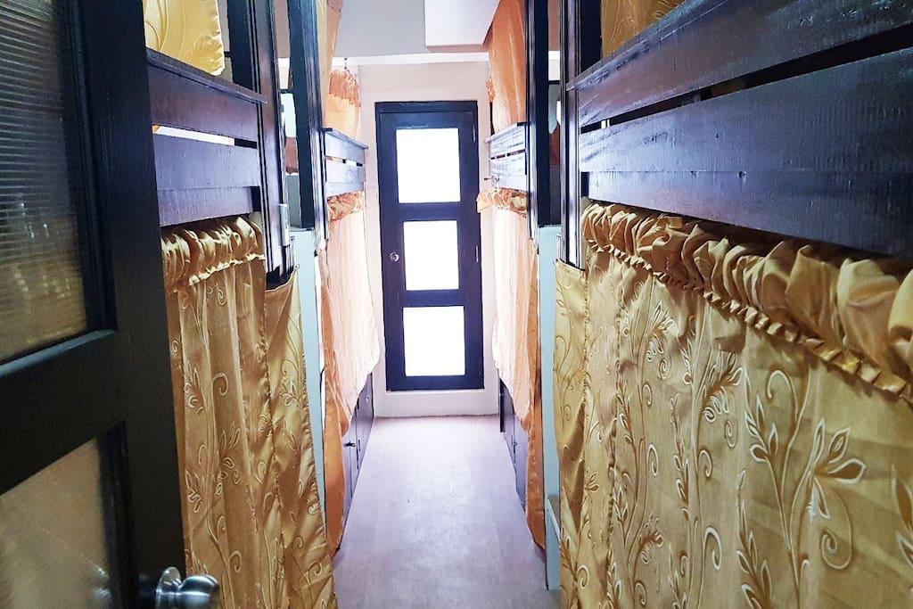 bedrooms corridors