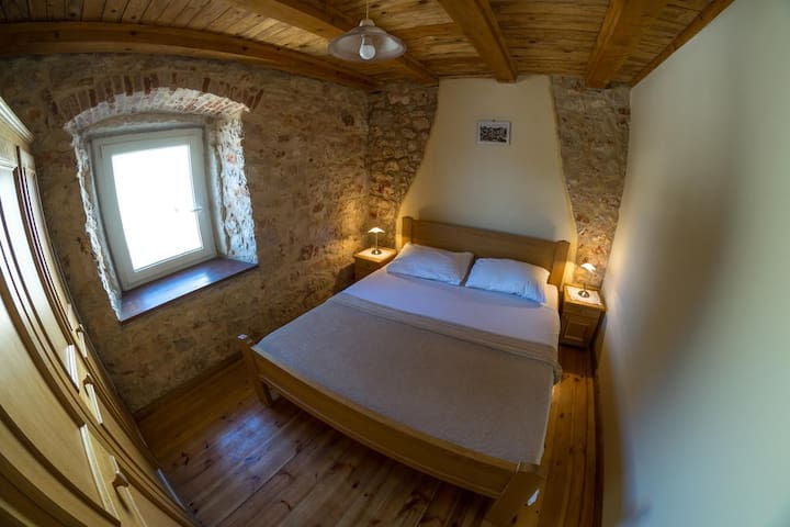 Ducina Apartments - Milna - Διαμέρισμα