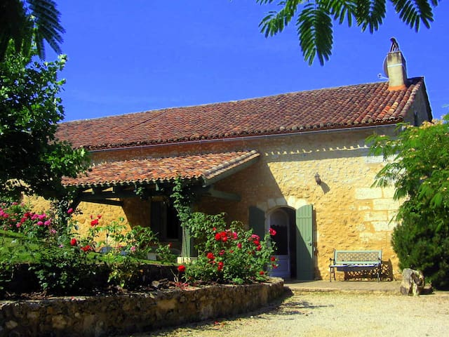 """la Martinette"" piscine privée - Villamblard - Casa"