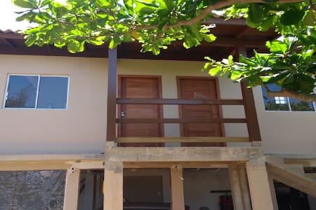 Recanto Camaleão, apartamento 2 a 30m da praia.